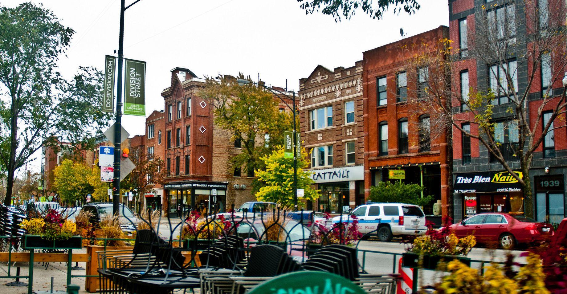 Division Street In Chicago S Wicker Park Neighbourhood