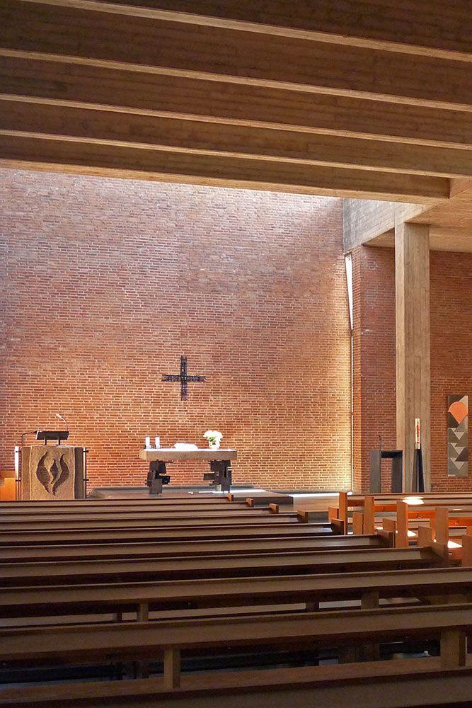 Kirche Der Versohnung Ist Eine Evangelische Kirche Im Erftstadter Stadtteil Lechenich Foto Celia Korber Leupold Evangelische Kirche Kirchen Gemeinde