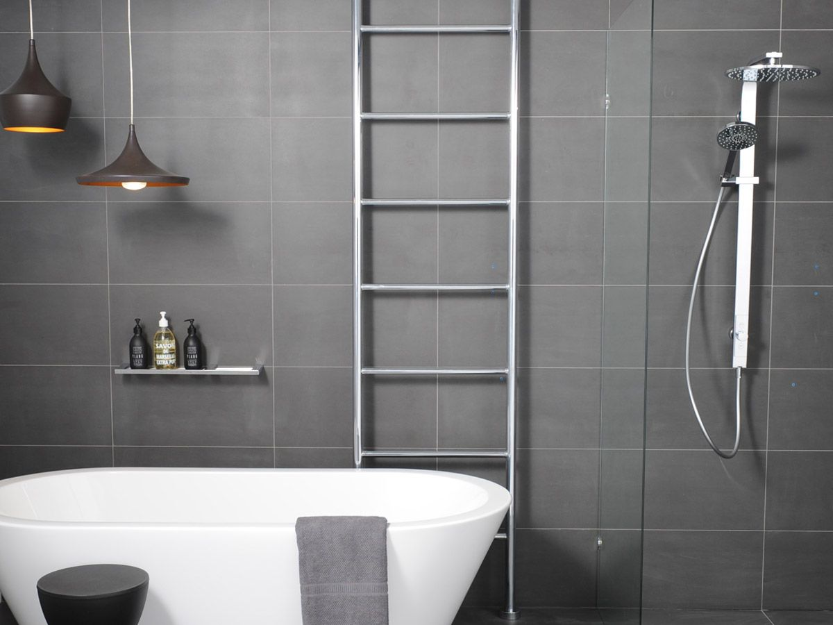 Hydrotherm Milan Floor To Ceiling Heated Rail   Saving Up For This In The  New Bathroom