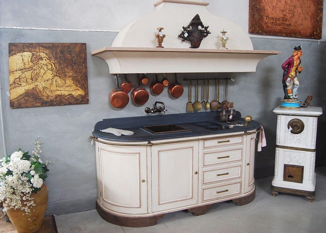 La Cucina Dolce Vita vuole essere una cucina sbarazzina ed alla moda ...