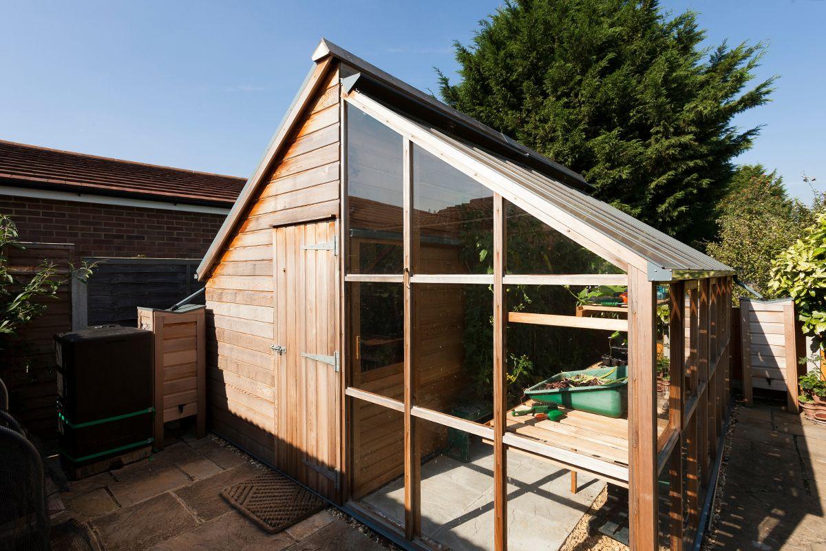 Combin serre et abris de jardin jardin abri de jardin - Accessoires serre de jardin ...