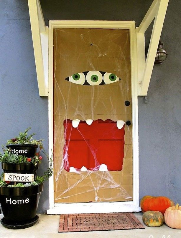 Letterbox-mouth monster door - Halloween party ideas Monster Doors - how to decorate for halloween party