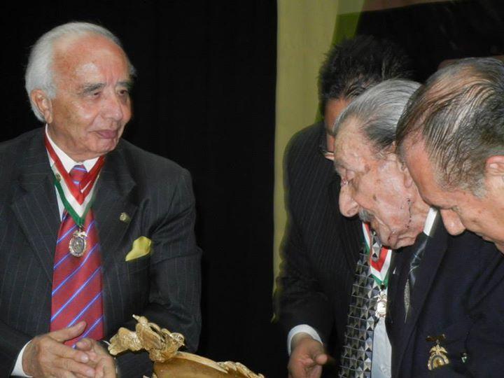 SMGE TIJUANA.- Ceremonia Solemne de Celebración del 50 Aniversario de su Fundación. Entrega del reconocimiento al Lic. Guillermo Ortega Castañeda como fundador y expresidente de la Correspondiente.