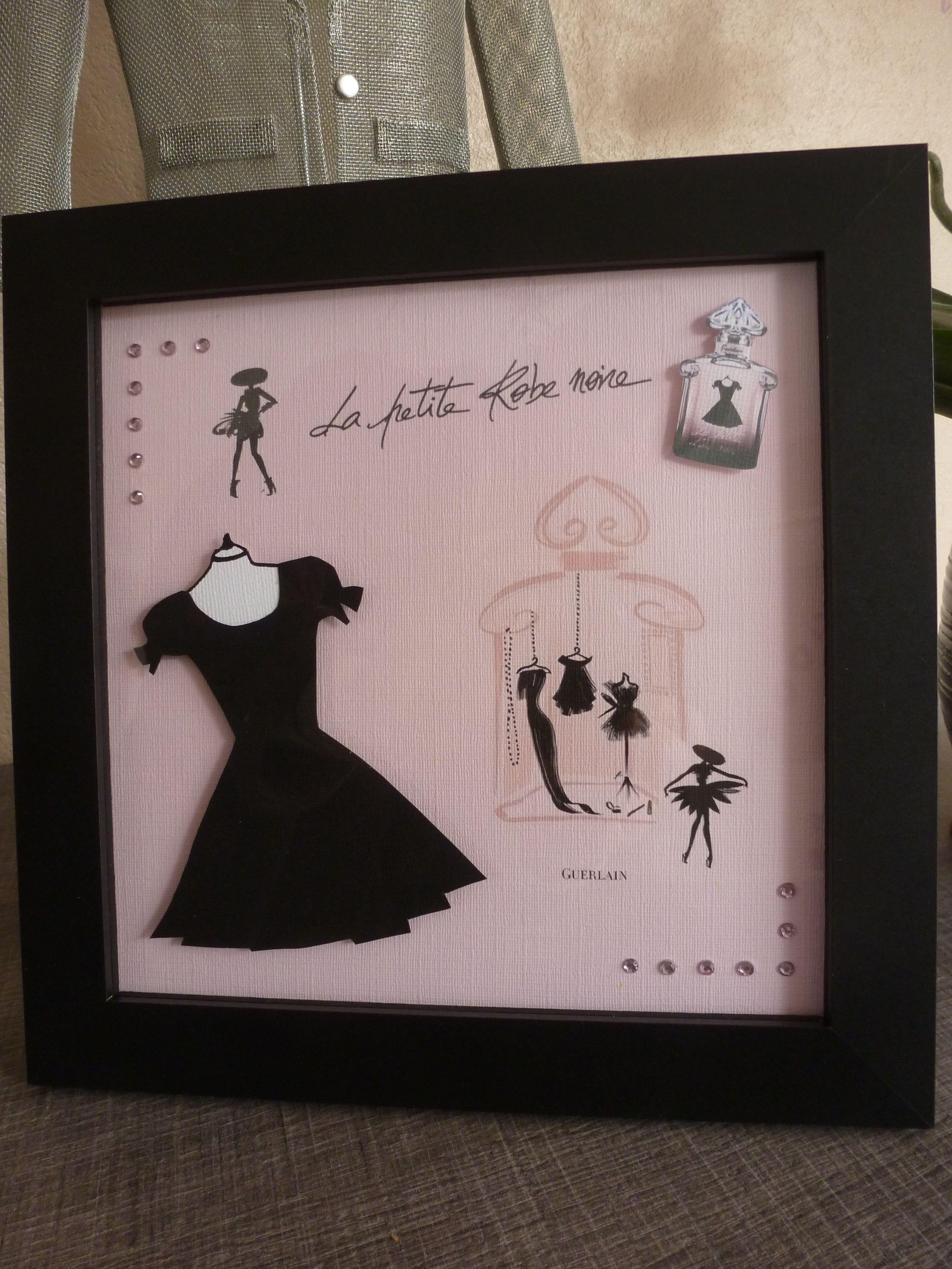 la petite robe noire de guerlain carte 3d format 20x20 mise sous cadre punto cruz vestidos y. Black Bedroom Furniture Sets. Home Design Ideas