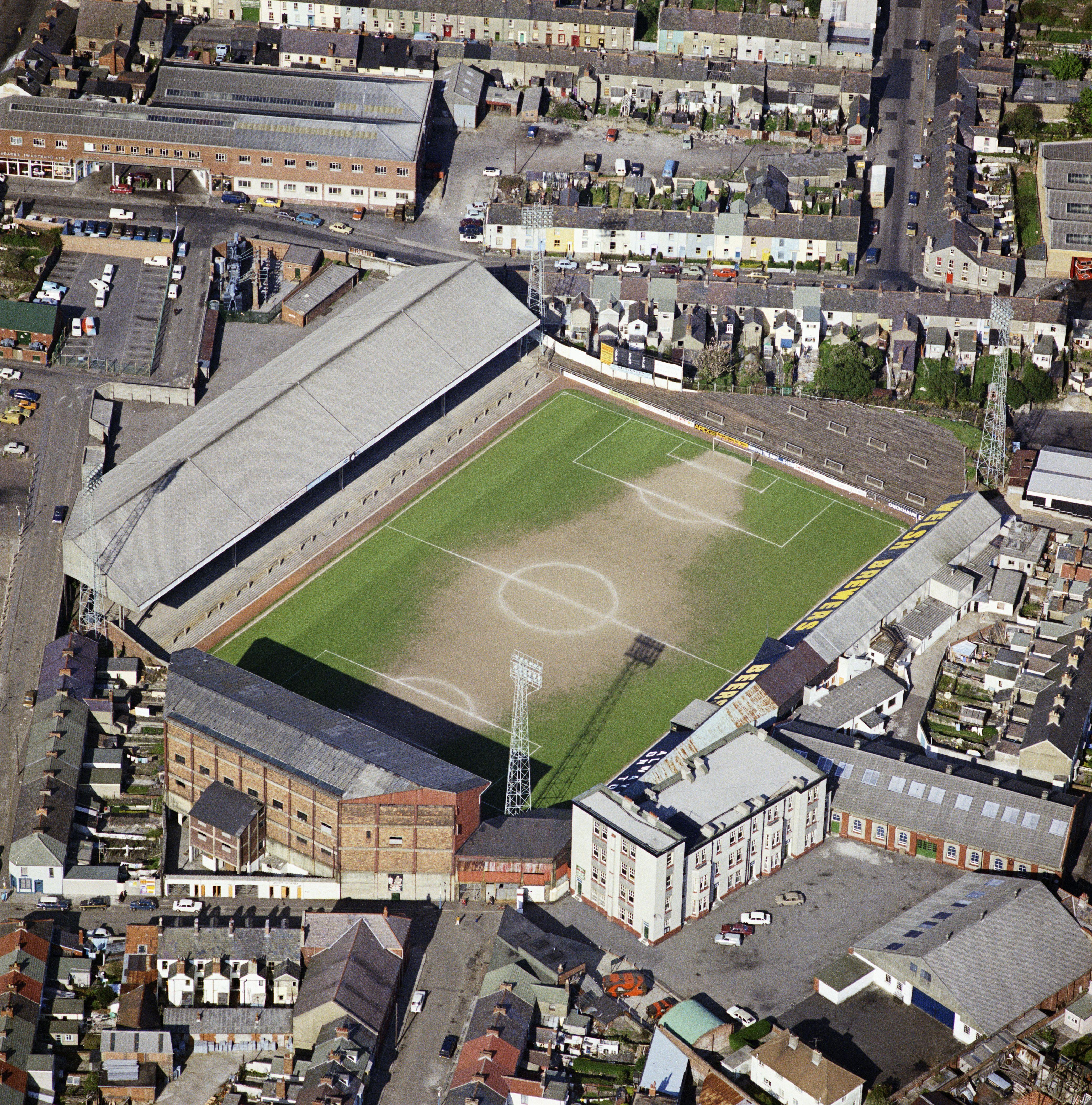 Swansea S Vetch Field 1975 Stadium Pics Swansea City Football Stadiums
