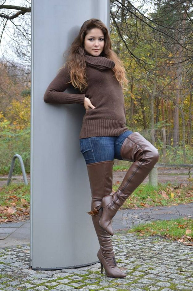 Thigh leather boot fucking