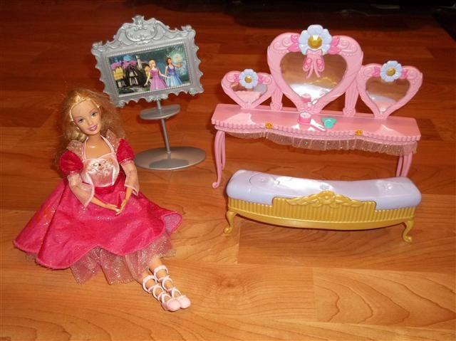 Barbie 12 Dancing Princesses Vanity Set Barbie 12 Dancing Princesses 12 Dancing Princesses Vanity Set