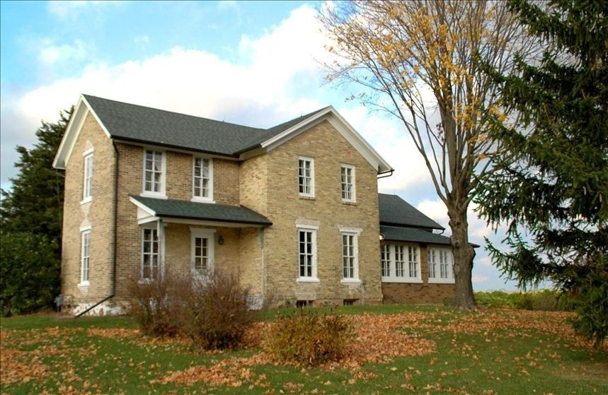 Lake Mills Vacation Rental - VRBO 357422 - 4 BR South Central Farmhouse in WI, Charming Renovated Country Home - Perfect for Families/Groups...