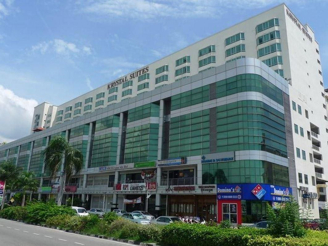 Penang The Krystal Suites Service Apartment Malaysia Asia Located In Bayan Lepas The Krystal Suites Service Apartment Is A P Serviced Apartments Penang Hotel