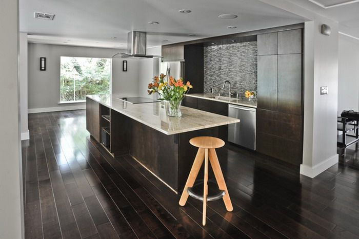 dark,hardwood,floors,for,small,kitchen,ideas