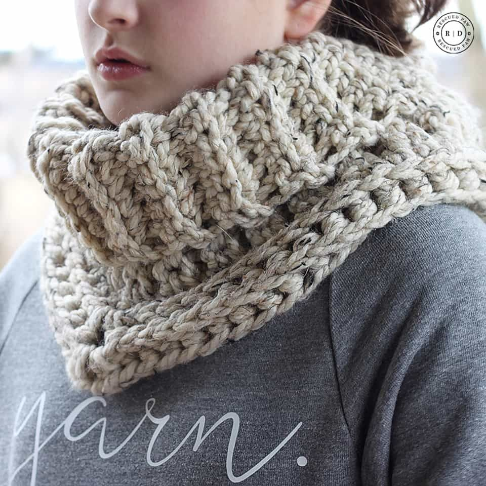 Easy Crochet Cowl Pattern - Textured Crochet Cowl | Ropa de invierno ...