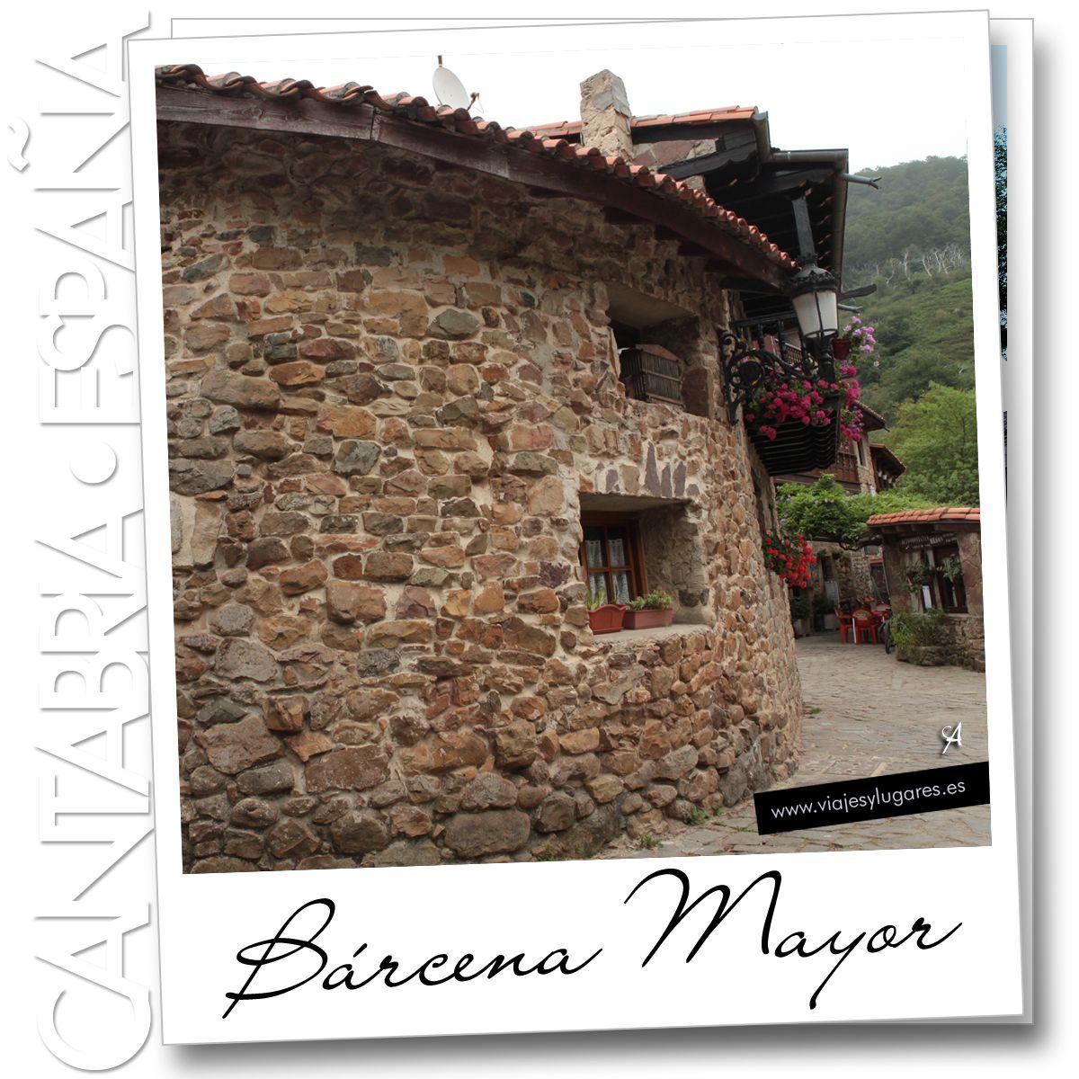"""Bárcena Mayor es un pequeño """"Pueblo con Encanto"""" de Cantabria con menos de un centenar de personas. Está a la vera del río Argonza y es un pueblo medieval de casas de arquitectura montañesa, piedra, madera, balconadas y flores."""