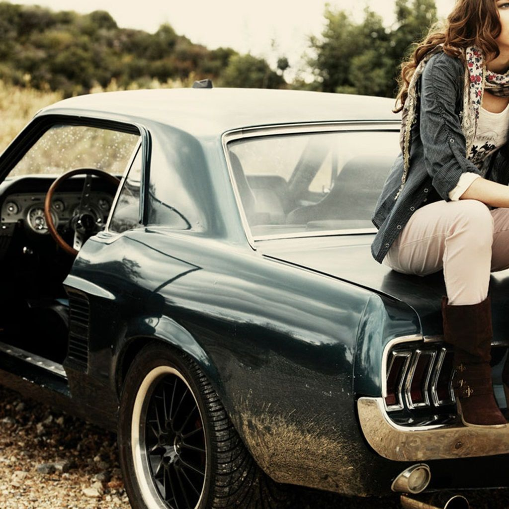 Ford Mustang Iphone Wallpaper: Girl Sitting On Ford Mustang 1967