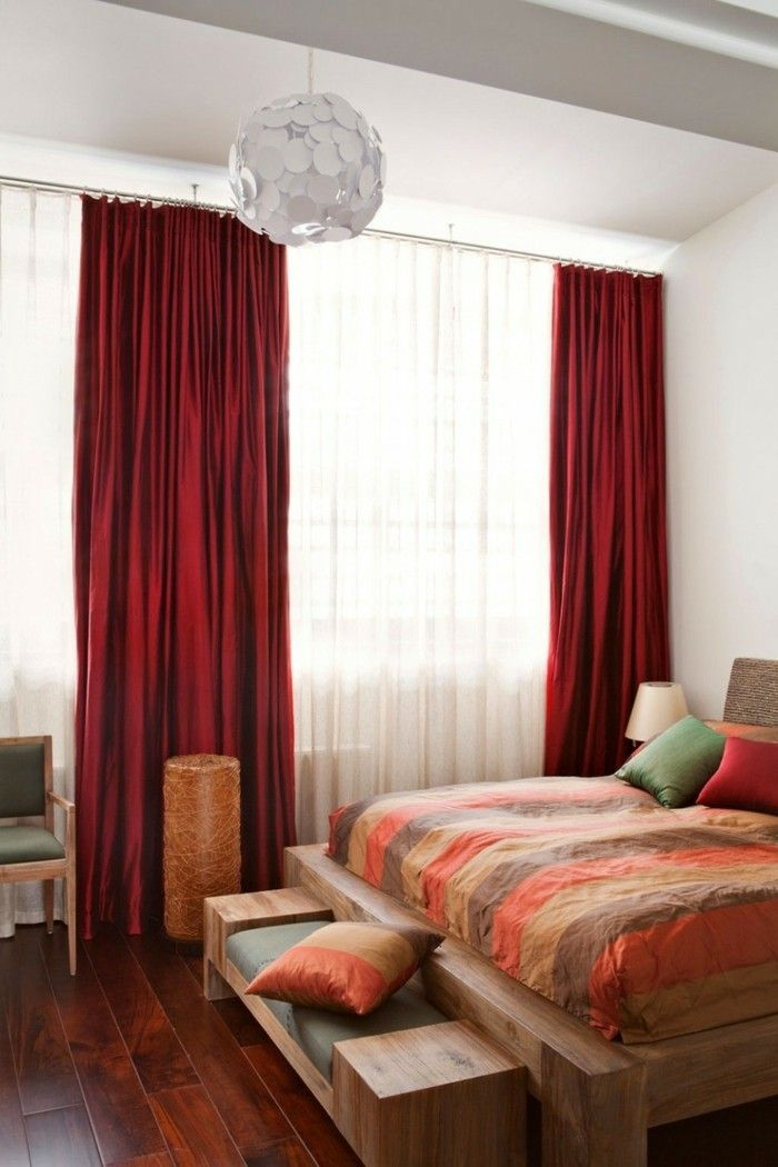 gardinen schlafzimmer rote vorhänge bringen lebendigkeit ins - vorhnge schlafzimmer ideen