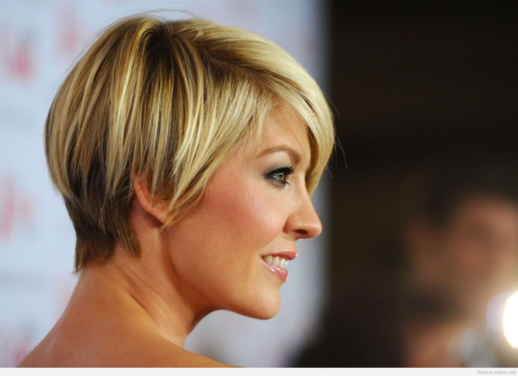 Short Haircuts For Women With Fine Hair 60