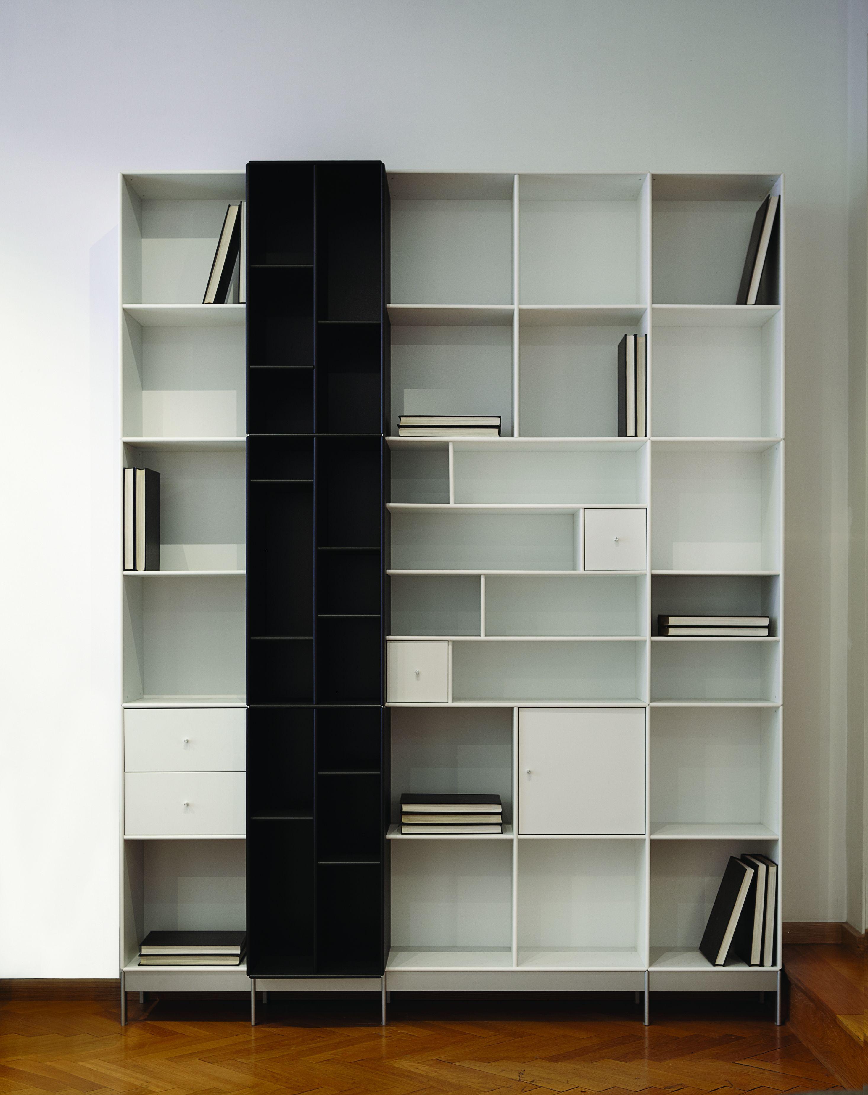 Lundia Open Boekenkast.Boekenkast In Zwart En Wit Met Diepteverdeling Abc Quadrant