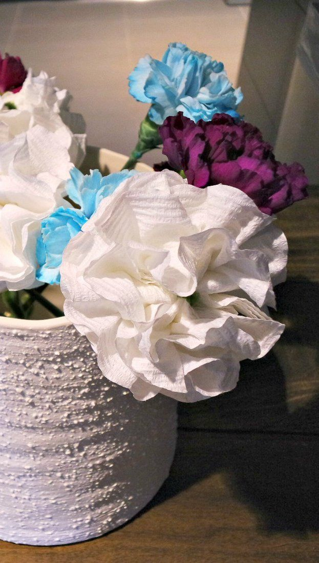 Toilet paper flowers (sweet for a wedding or a party, or even a baby ...