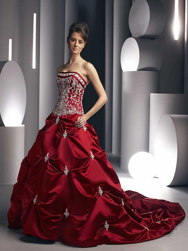 Unique Design Open Back And Chest Lace Red Satin Sleeveless Wedding Dresses