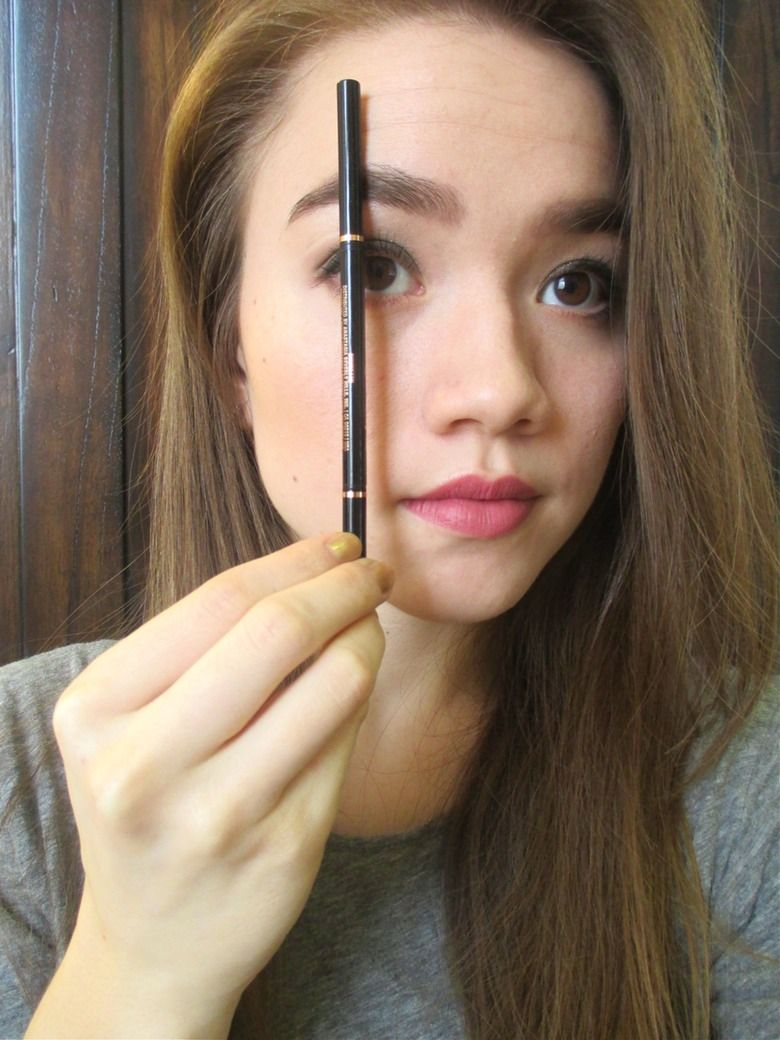 Don't Make These Common Eyebrow Shaping Mistakes | Note To Self