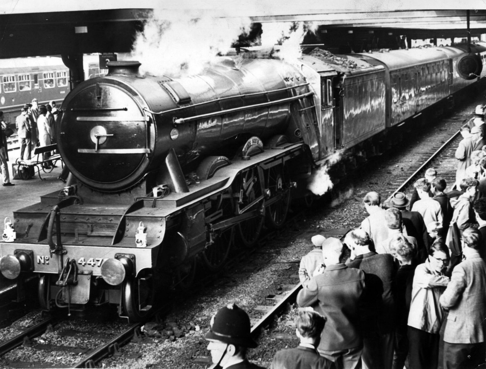 Lner Class A3 Pacific Locomotive No 4472 Flying Scotsman Pictured At Birmingham New Street Cheered By Eager Crowd Of Train Enthusiasts 1964
