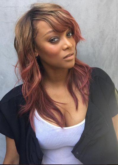 Tyra banks show straight girl gay crush