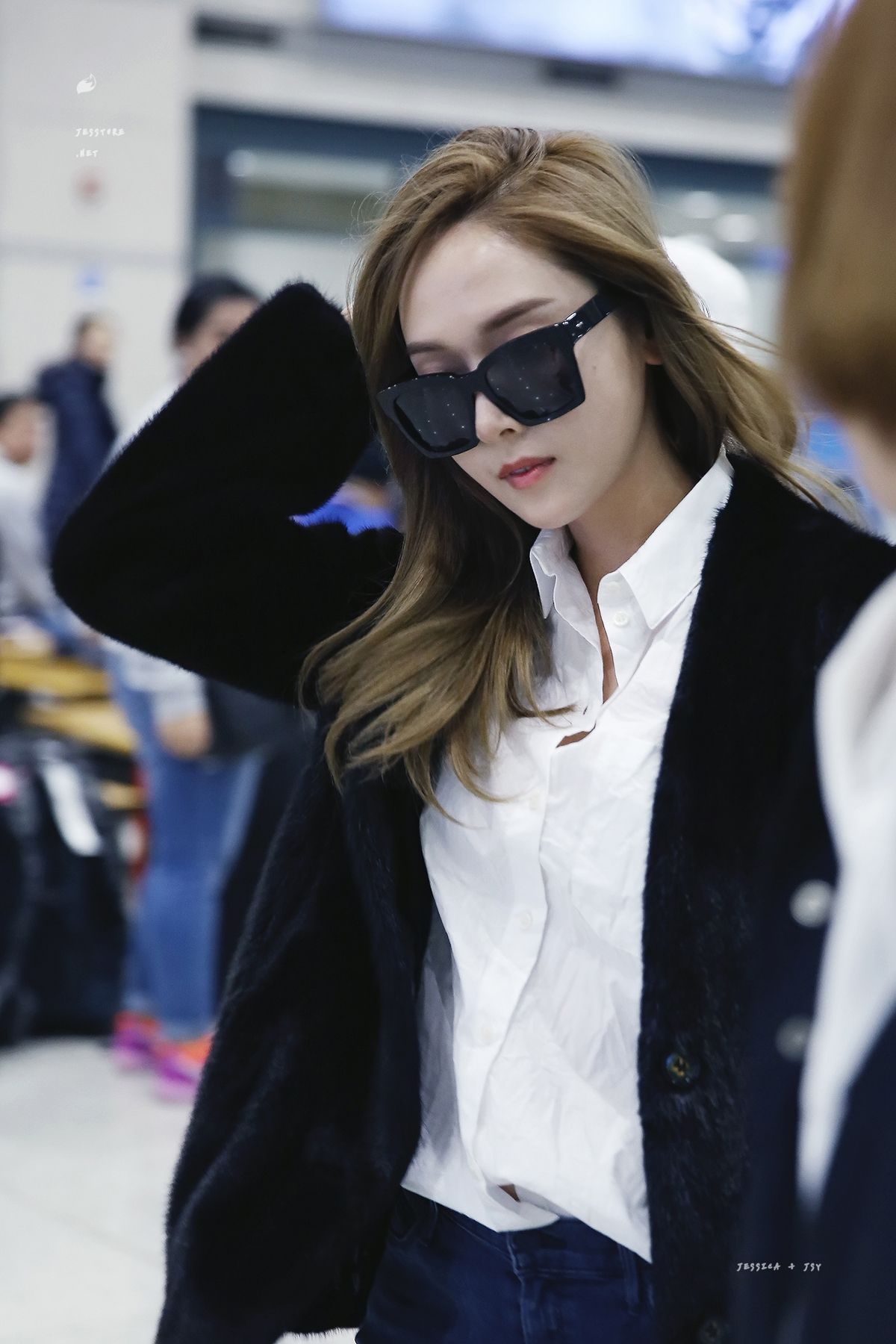 Jessica Jung Airport Fashion 170215 2017 | SNSD Airport ...