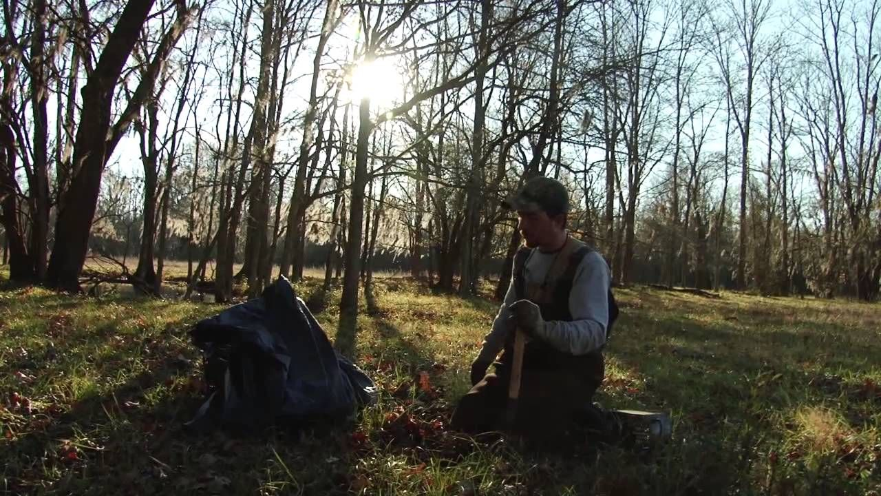 Trapping Tv Episode 2 Coyote Dirt Hole Trench Set Trapping Bobcats