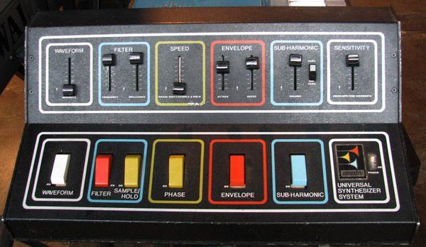 maestro universal synthesizer 197x design electronics drum machine music electronic music. Black Bedroom Furniture Sets. Home Design Ideas