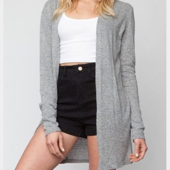 Brandy Melville Cardigan Super soft gray cardigan no flaws just like new. Cheaper onⓂ️erc Brandy Melville Sweaters Cardigans