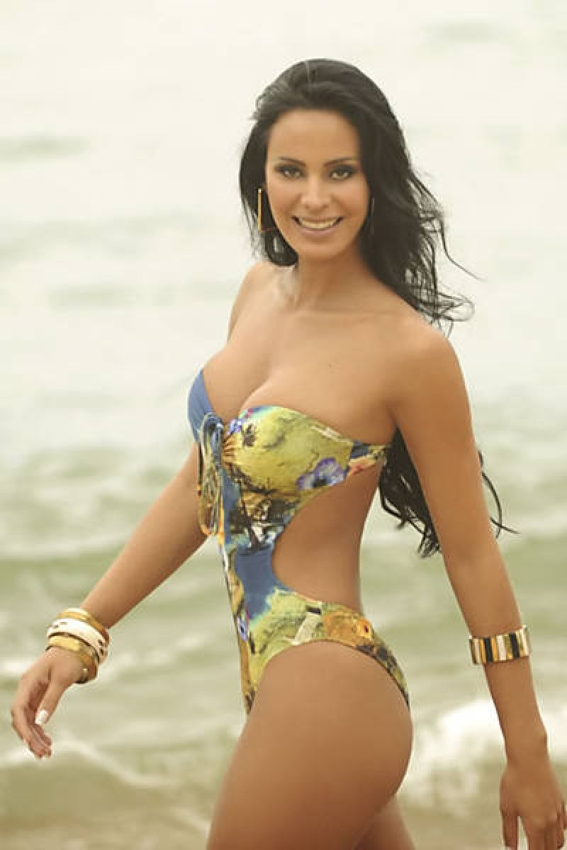 Bikini Lorena Bueri nude photos 2019
