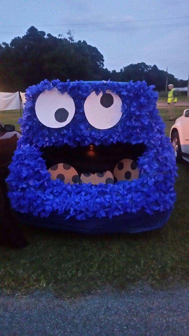 Cookie Monster Trunk A Treat #trunkortreatideasforcarsforchurch