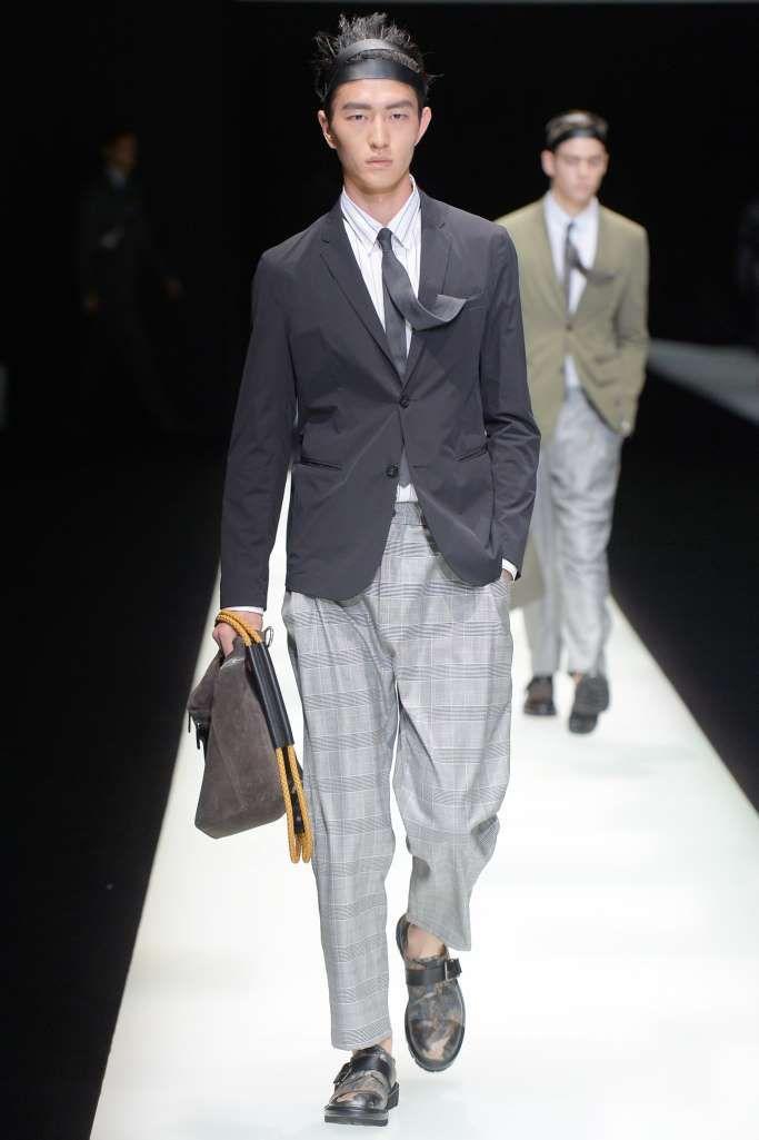 a7ed053e72 Emporio Armani Spring-Summer 2018 - Milan Fashion Week   estilo ...