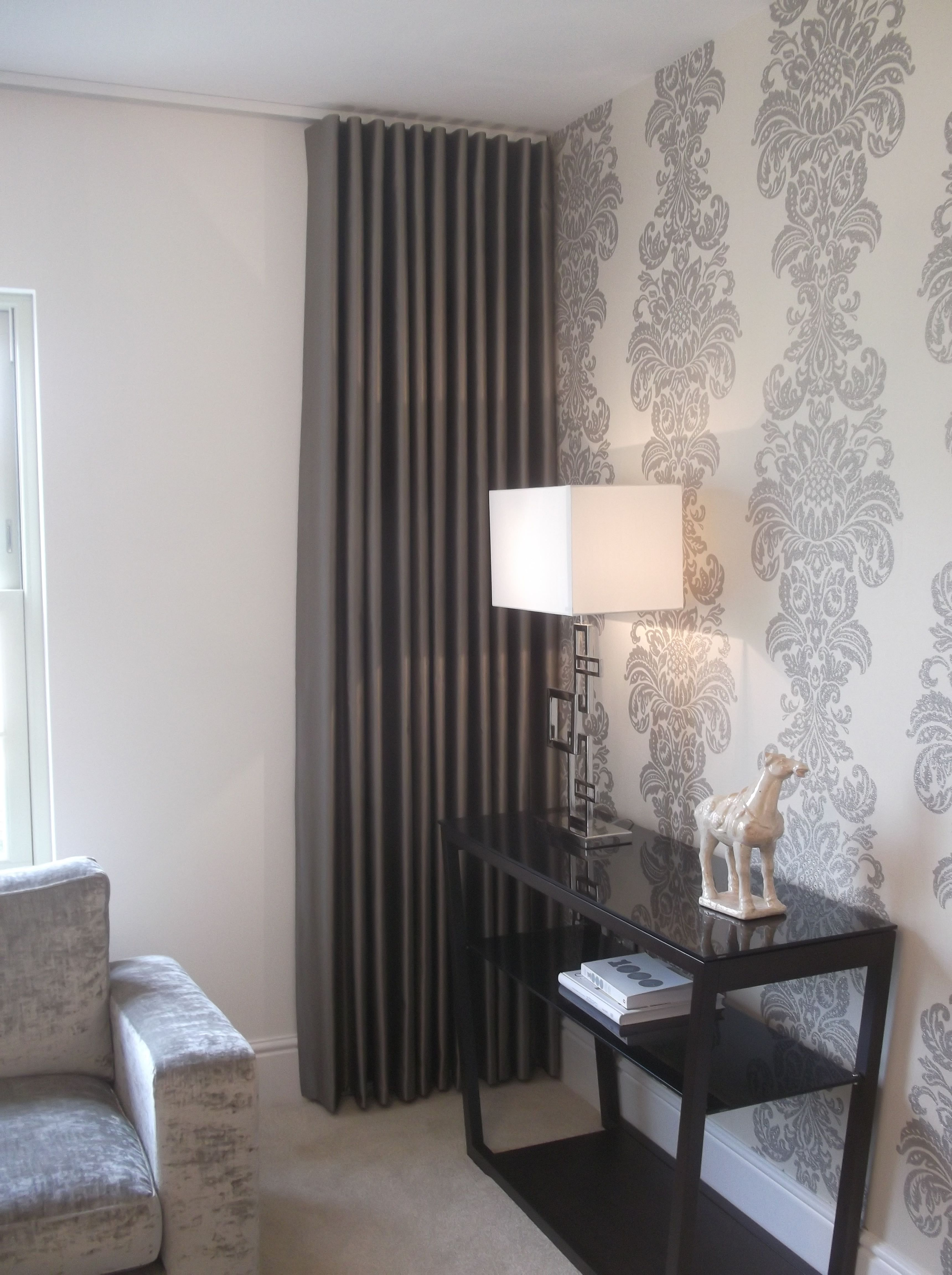 Wall Drapes Love The Wall And The Curtains To Compliment. | Tendine