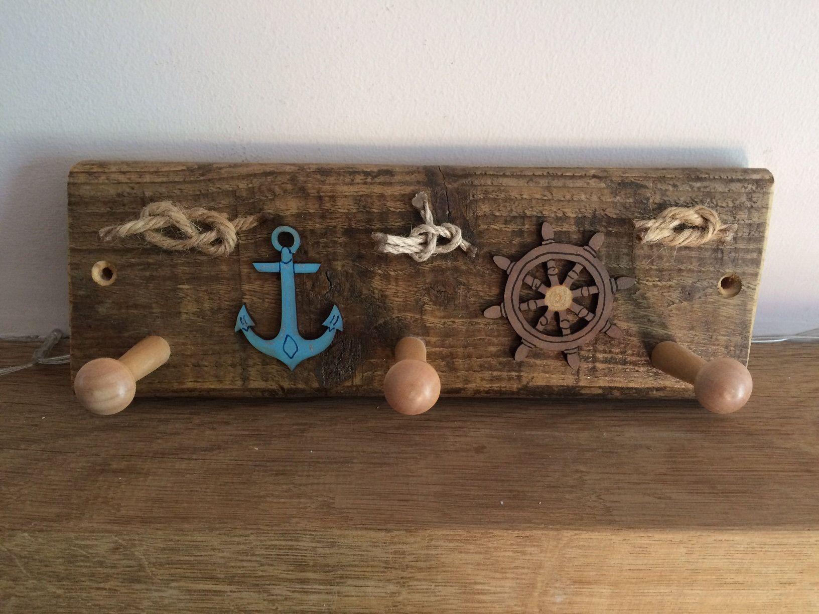 Rustic Rope Knots Wooden Coat Pegs Nautical Themed Coat Rack Sea Faring Coat Hooks Rustic Recycled Wood Quirky Bathroom Towel Rack In 2020 Coat Pegs Recycled Wood Quirky Bathroom