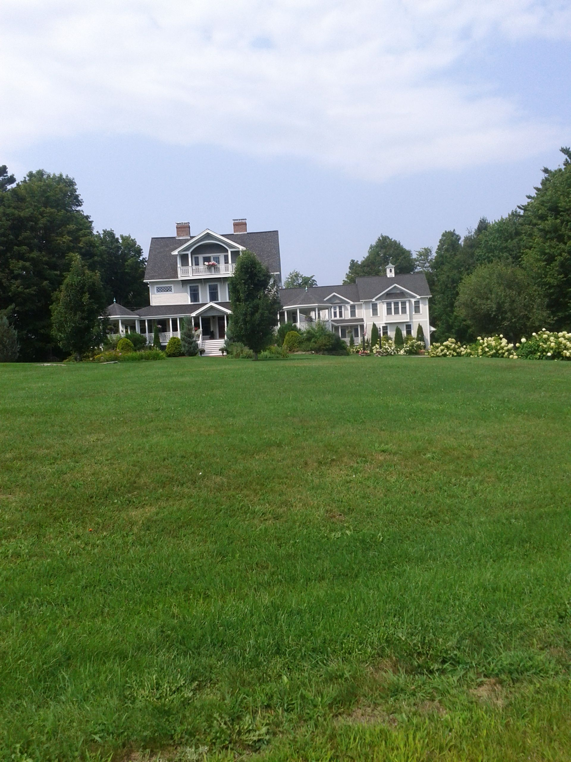 one of adam sandler's homes ! haha | New hampshire, House ...