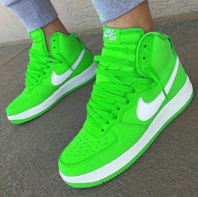 scarpe nike arcobaleno