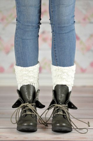 Feeling cold? Look no further. Our cable knit warm mosaic patterned boot cuffs are just what your legs need. The right time for these to be worn is when you need to feel cozy and hugged with warmth and softness all around. They perfectly fit all kind of winter foot wear, from high rise, cowboy and ankle boots to flat shoes and will keep your heart warm and you boots fancy looking.
