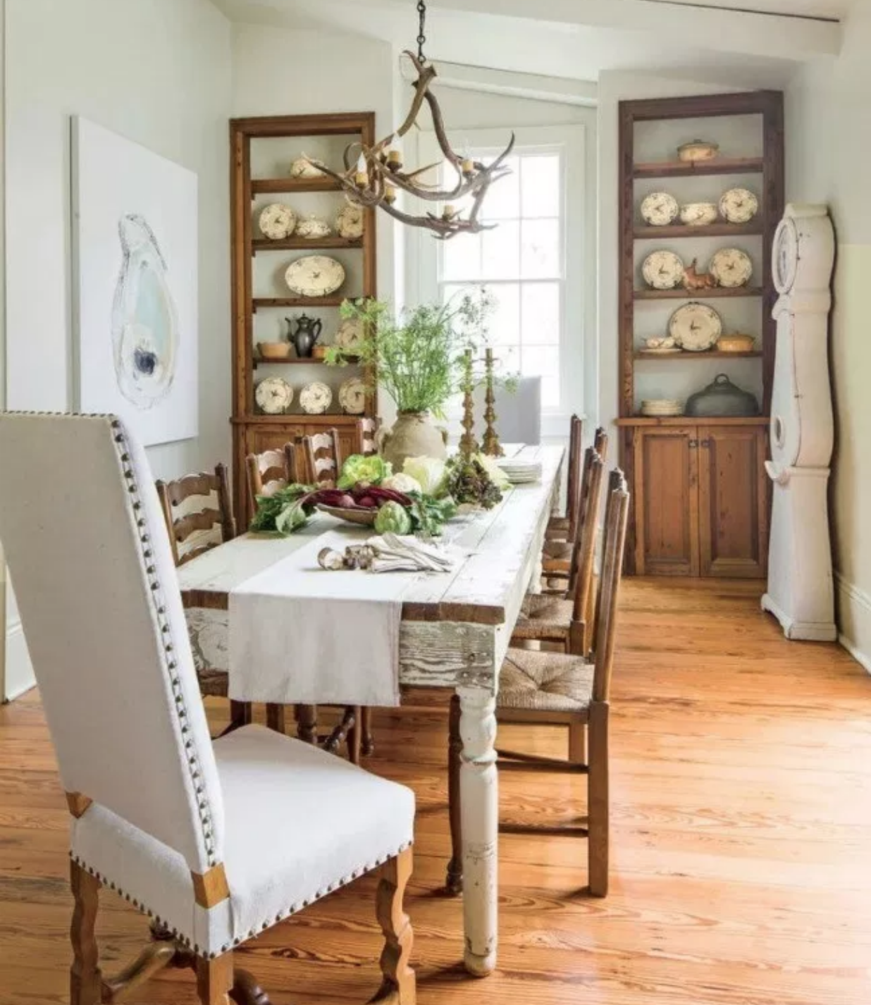 I Ve Been Searching For Dining Room Inspiration Lately Ever Since We Moved Into Our Ho In 2020 Stylish Dining Room Modern Farmhouse Dining Interior Design Dining Room