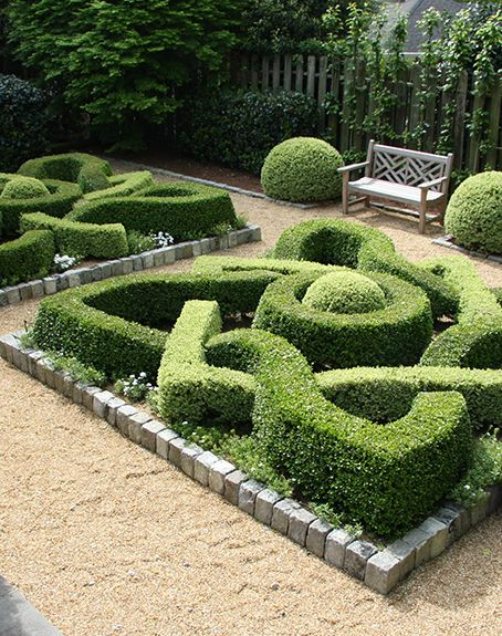 Boxwood Garden Design - Garden Inspiration on