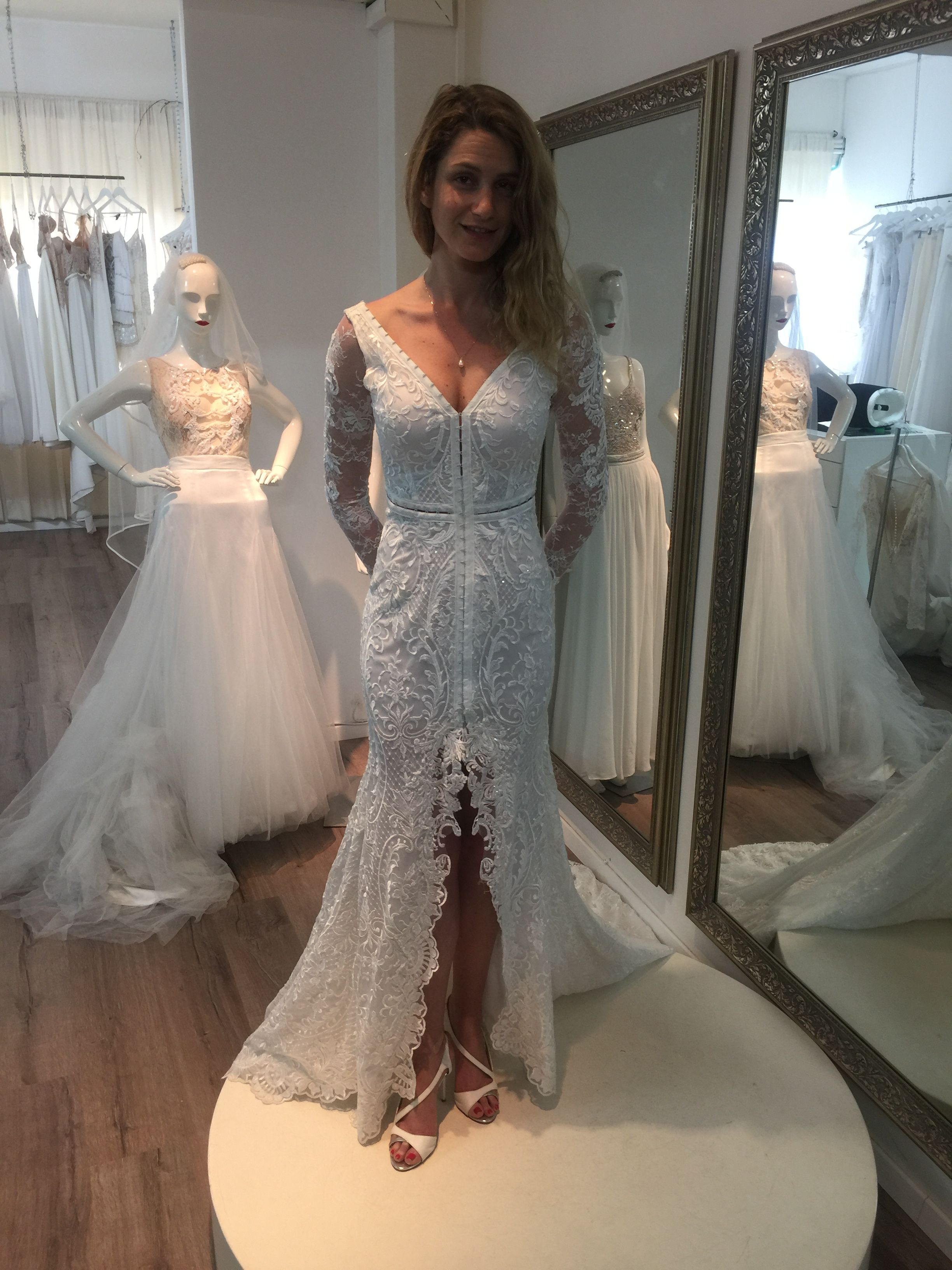 Yanivpersy Bridal Fitting Realbride Wedding Weddings Weddinggown Weddingdress Real Brides Wedding Dresses Wedding Gown Accessories Western Gown Design