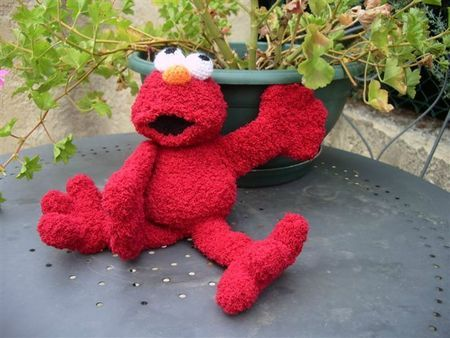 Free Crochet Cookie Monster & Elmo Patterns | Crochet monsters ... | 338x450