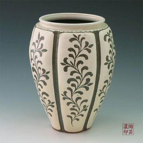 500px 500px pottery floor vase buncheong gray with inlaid for Pottery designs with clay