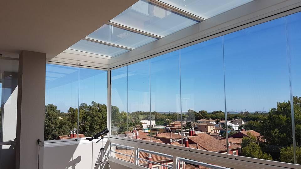 Cerramiento Integral De Terrazas En Andalucía Cortinas De Cristal Y Techos De Vidrio Techo De Vidrio Techo De Cristal Muebles De Exterior