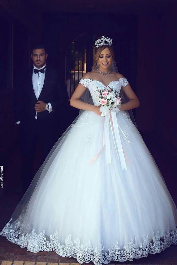 26 Robes De Mariee Originales Mariage In 2019 Robe De