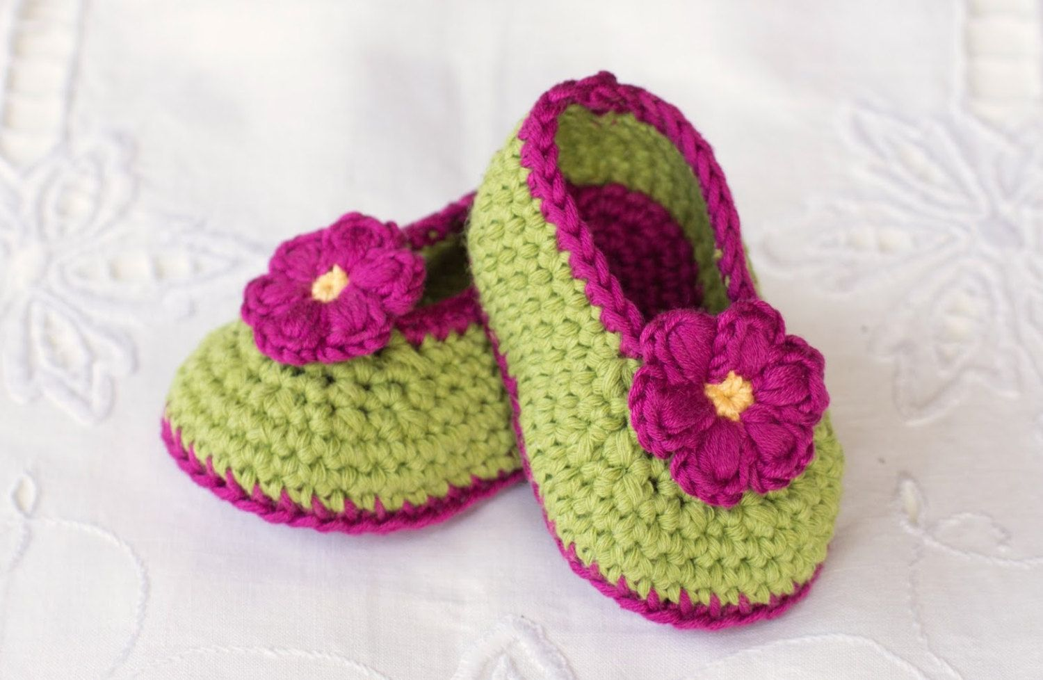 crochet baby girl shoes, knitted baby shoes, crochet flower shoes ...