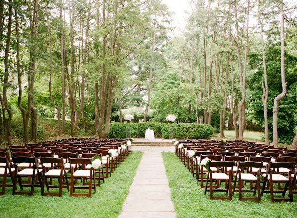 Crisp and Clean White Wedding Minimal decor Minimal and Natural
