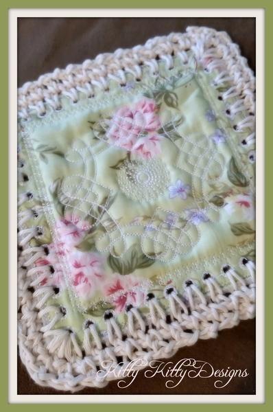 Fusion Quilt - Celtic Love Knot 4x4 | Decken und Handarbeiten