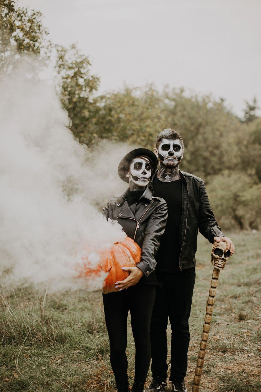 Pin On Halloween Photoshoot