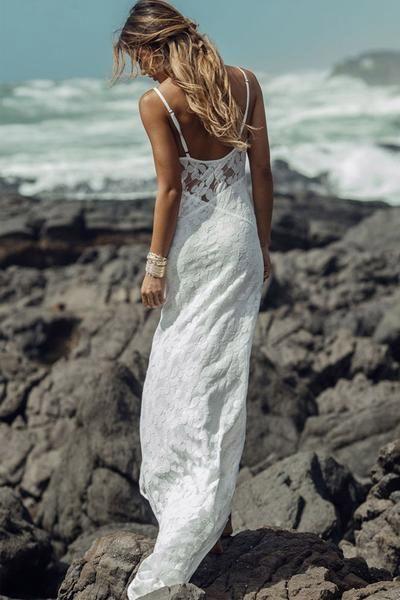 Long Simple A-Line Sheath Spaghetti Straps Backless Sweetheart Lace Beach Wedding Dresses PM382