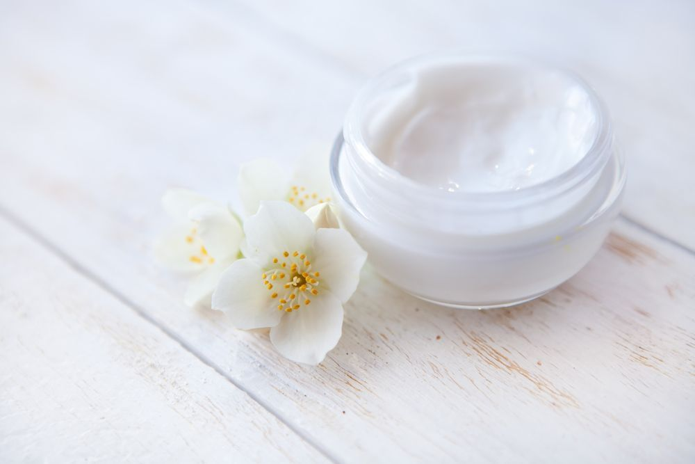 Jasmine Lemongrass Body Butter If your skin craves moisture above all else, this ultra-hydrating recipe will work wonders. It combines four types of butter within one batch, and it's a stellar option for use on sensitive skin.NOTE: Some people don't like the 'herbalish' smell of essential oils, so you can leave them out entirely or try ju